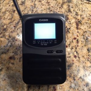 Casio TV 100 Handheld Portable LCD Color TV